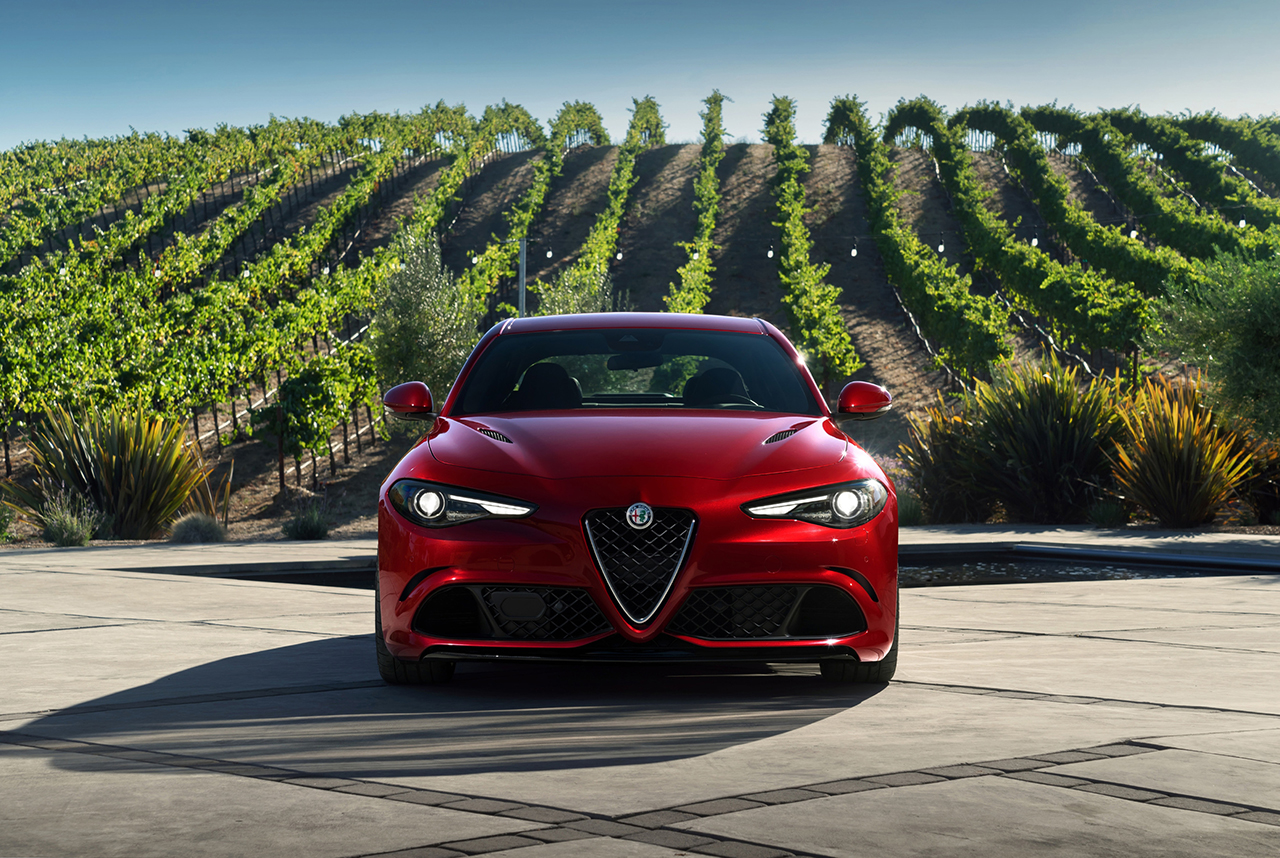 2015 LA - 2017 Alfa Romeo Giulia (8) - egmCarTech - egmCarTech