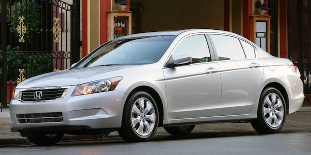 Recalls: Honda announces the recall of more than 300,000 Accords for random deploying airbags