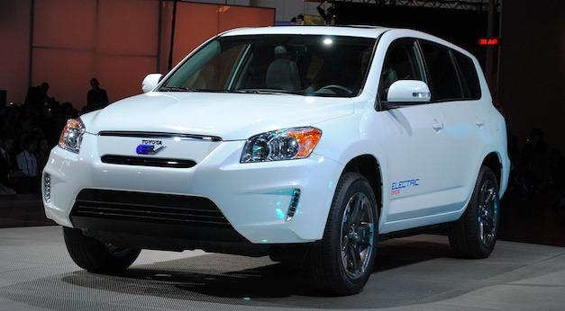 2010 LA: Toyota RAV4 EV