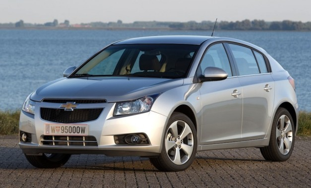 chevroletcruzehatchback 02 627x380 Report: Chevrolet Cruze could have potential in the U.S. market