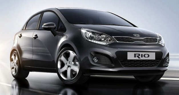 Report: Kia might build a next-gen Rio-based crossover with a plug-in hybrid setup