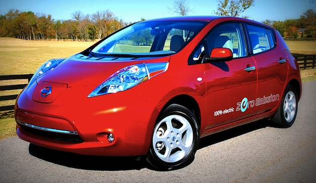 review 2011 nissan leaf 39 charging 39 history 100 miles at a time egmcartech. Black Bedroom Furniture Sets. Home Design Ideas