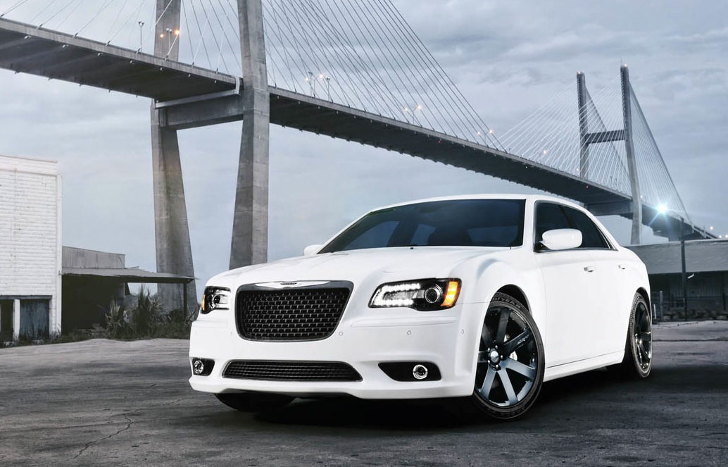 2012 chrysler 300 srt8 front 3 4 angle. Cars Review. Best American Auto & Cars Review