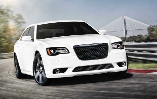 2012 chrysler 300 srt8 price specifications and images. Black Bedroom Furniture Sets. Home Design Ideas