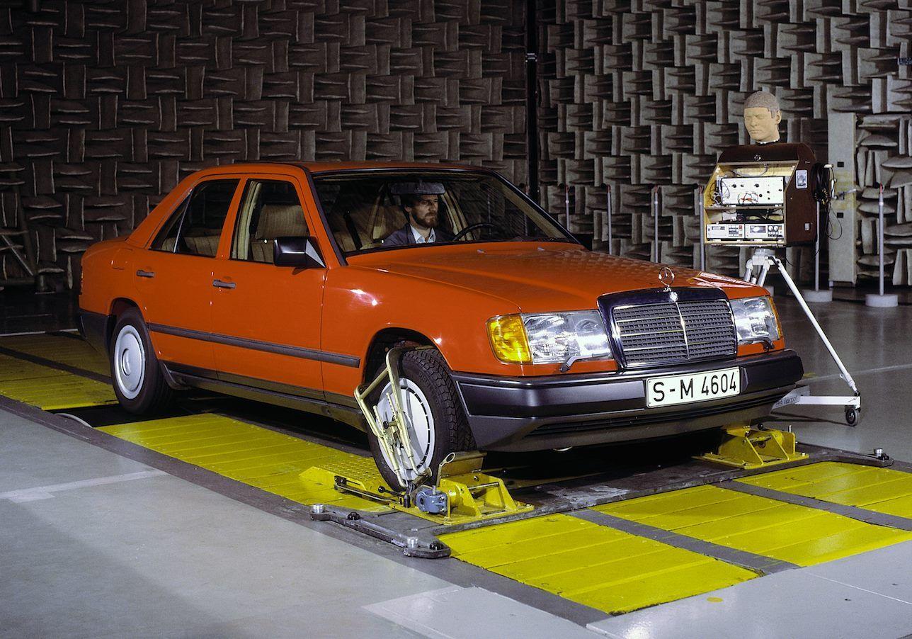Mercedes-Benz W124 Development