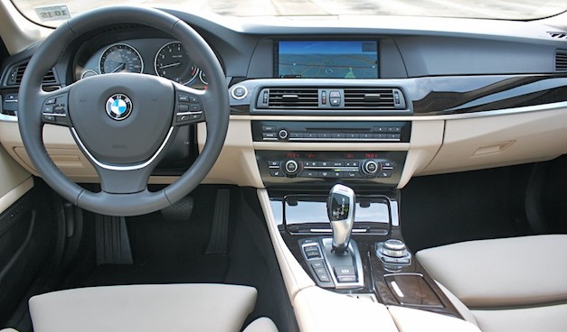 Review 2012 BMW 5 Series