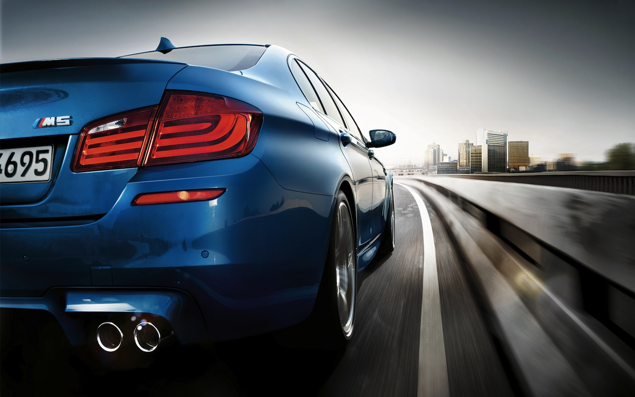 2012 BMW M5 Wallpaper