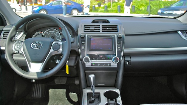 Toyota Camry 2012 Se Interior Images Galleries With A Bite