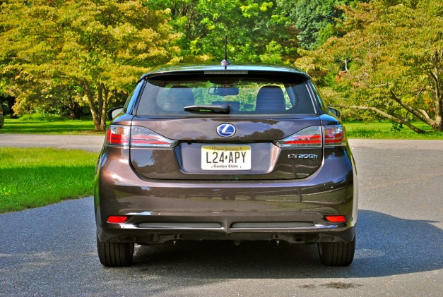 Review: 2012 Lexus CT 200h