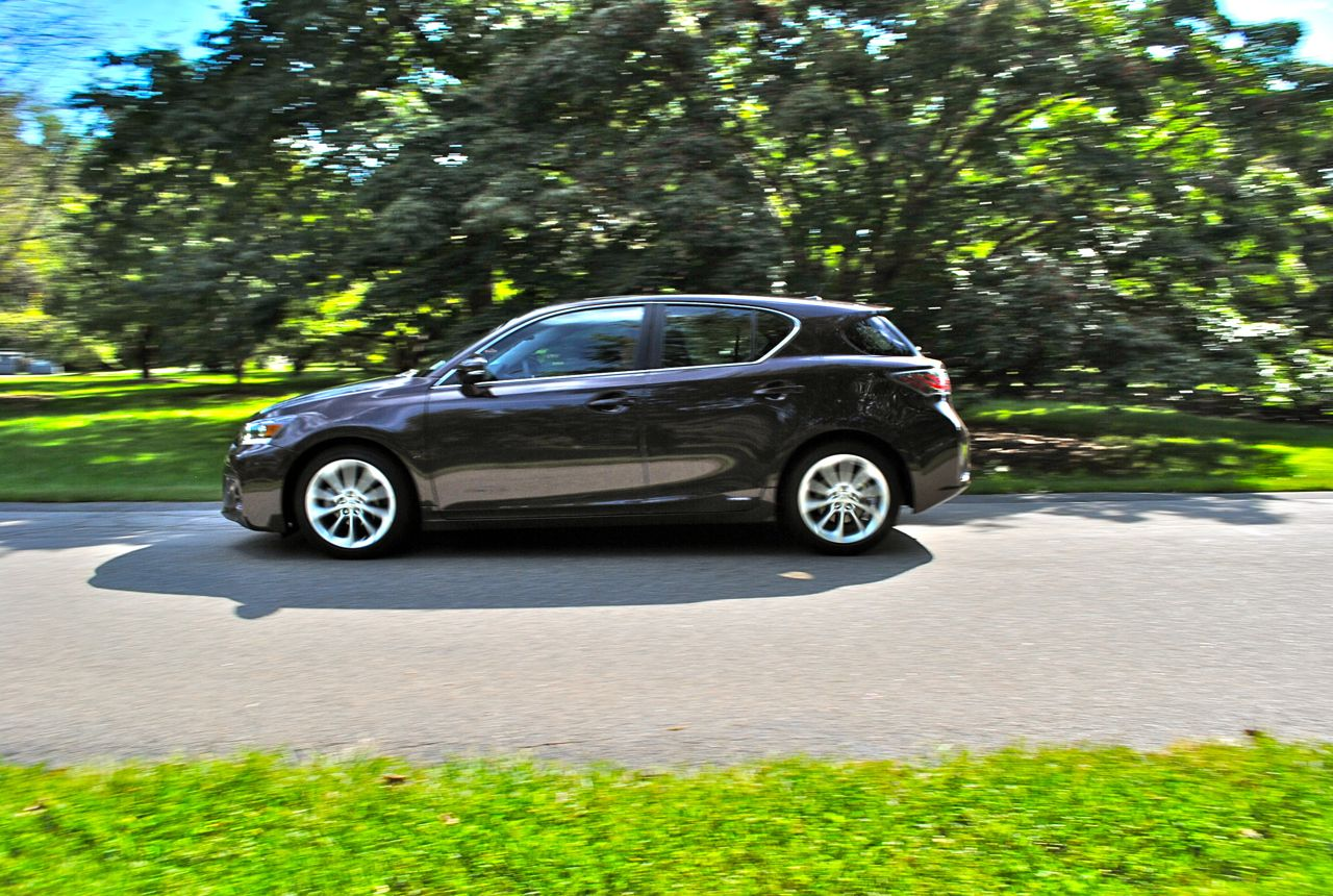 Review: 2012 Lexus CT 200h Side View (Action Shot)