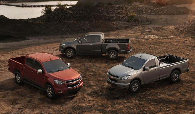 2013chevroletcolorado 03 627x368 Report: GM to introduce completely new midsized trucks aimed towards the lifestyle crowd by 2014