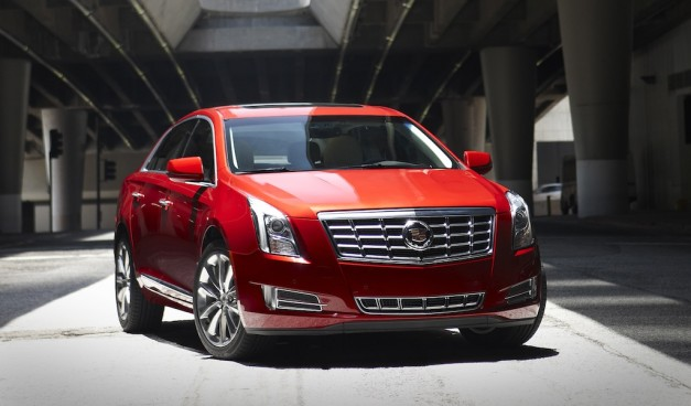 2013 Cadillac XTS Red