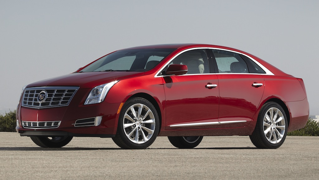2013 Cadillac XTS Red Front 7/8 View
