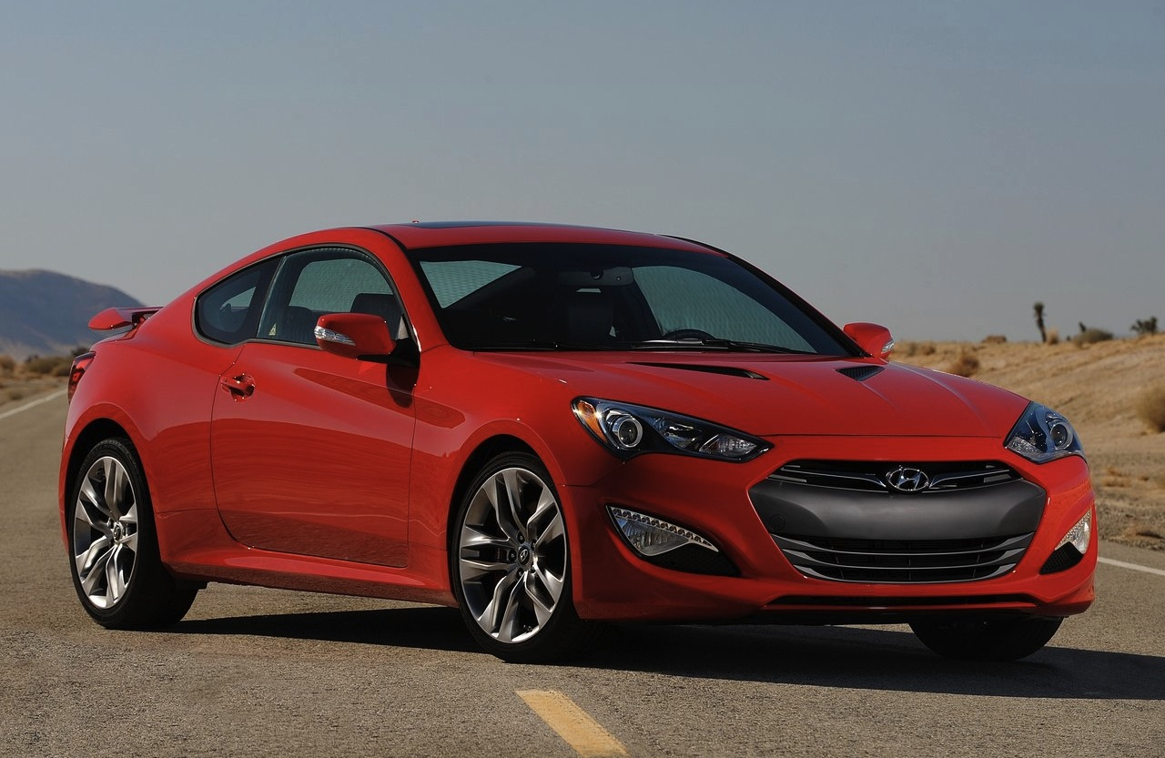 2013 hyundai genesis coupe front angle red. Black Bedroom Furniture Sets. Home Design Ideas