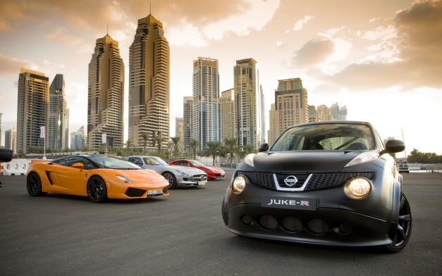 Video: Nissan Juke-R goes head-to-head with Lamborghini Gallardo, Mercedes SLS, Ferrari 458