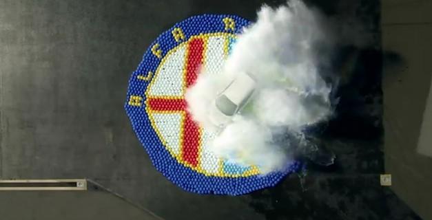 Alfa Romeo MiTo Quadrifoglio Verde kills 2,500 water balloons