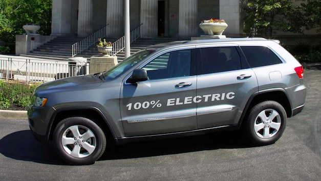 AMP Jeep Grand Cherokee