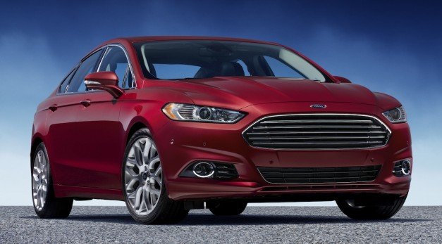 2013 Ford Fusion drops V6 for all 4-cylinder lineup, Fusion Hybrid hits 44 mpg highway