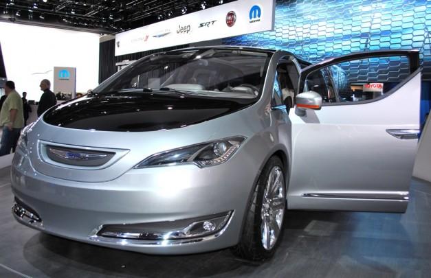 2012 Detroit: Chrysler 700C Concept