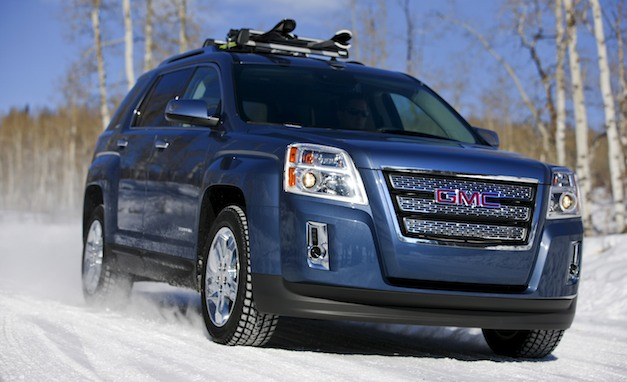 2012 GMC Terrain Navigates the Winter Roads
