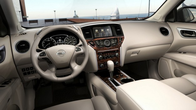 nissanpathfinderconceptinterior 01 627x352 More details on the 2013 Nissan Pathfinder Concept's interior