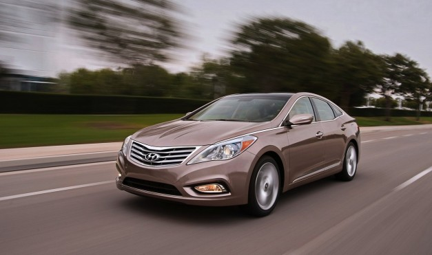 Recalls: Hyundai and NHTSA recall 2012-2013 Azeras for an issue with the passenger airbag