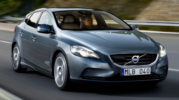 2013 Volvo V40 makes official debut, company expects to sell 90,000 units annually