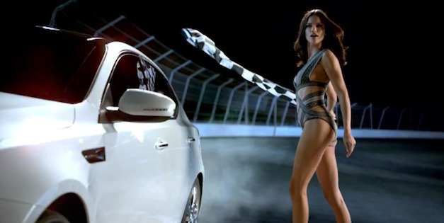 Video: Kia's Super Bowl XLVI ad features Adriana Lima, Chuck Liddell, Motley Crue
