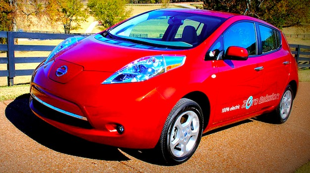 Nissan celebrates 2 years of LEAF sales with U.S. battery plant announcement