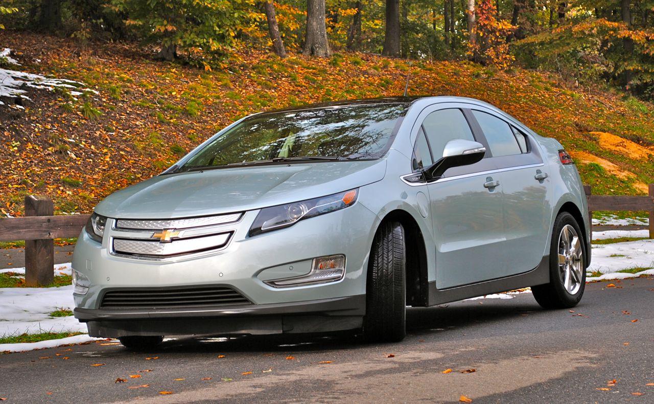 2012 Chevrolet Volt Review - egmCarTech - egmCarTech