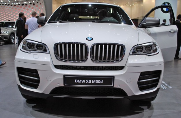 2012 Geneva: BMW M Performance Automobiles' diesel M550d, X6 M50d make public debut