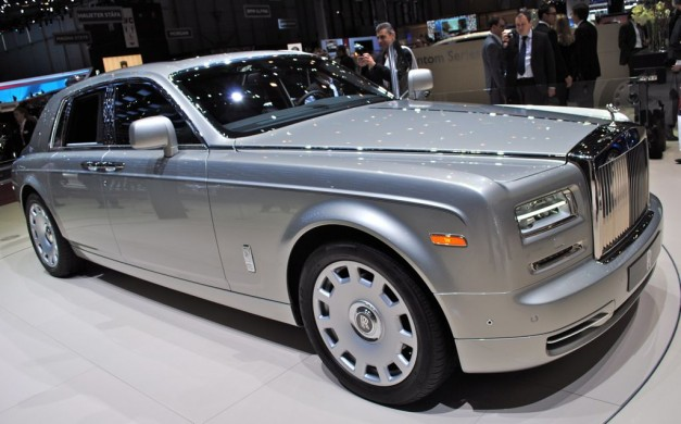 2012 Geneva: Rolls-Royce Phantom Series II unveiled (w/ Video)