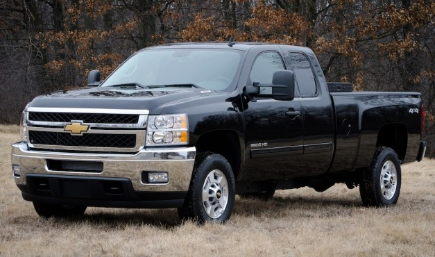 2013 GMC Sierra and Chevrolet Silverado Bi-Fuel Pickups unveiled