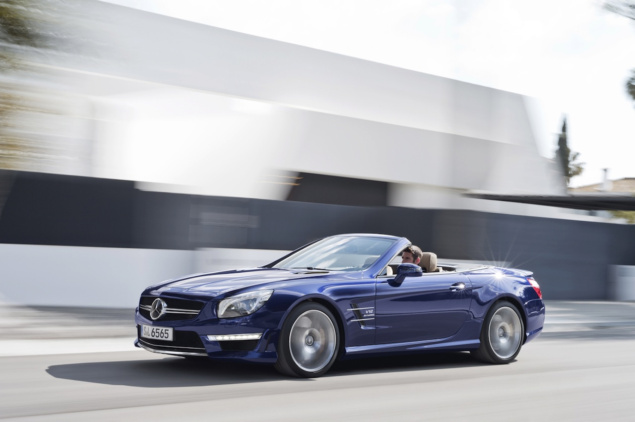 Recalls mercedes benz adds 2014 slk and sl class to for Recalls on mercedes benz