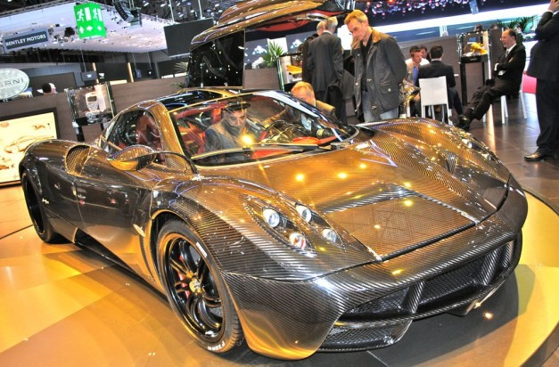 2012 Geneva: Pagani Huayra Carbon Fiber Edition revealed in Switzerland