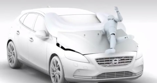 2013 Volvo V40 gets airbags on outside to protect pedestrians that don&#8217;t look both ways before crossing