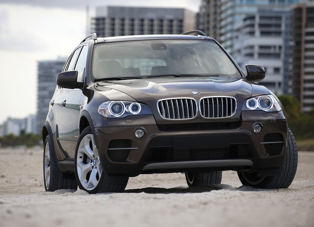 2012 bmw x5 sav front 3 4 right egmcartech. Black Bedroom Furniture Sets. Home Design Ideas
