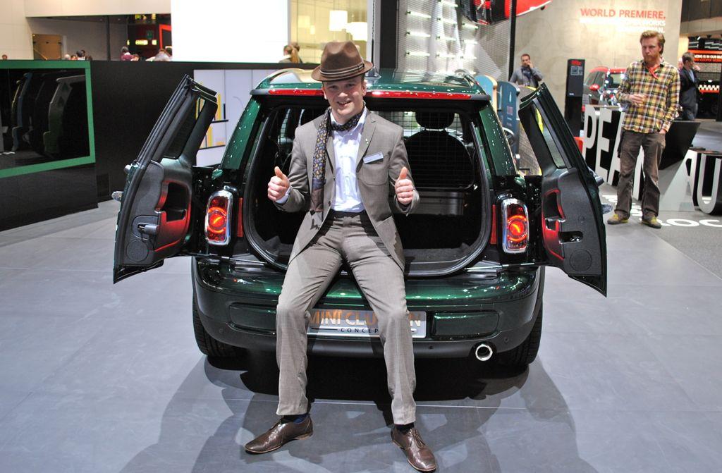 2012 Geneva Mini Clubvan Concept Boot Pose Egmcartech
