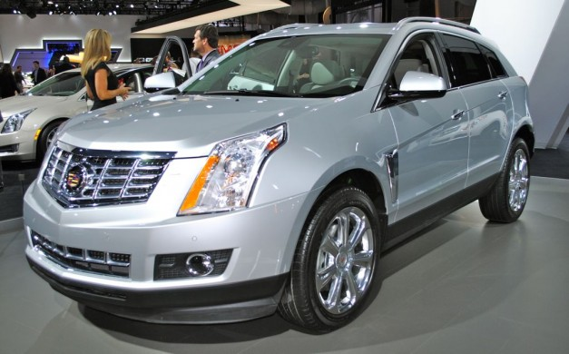 2012 New York: 2013 Cadillac SRX gets a new grille, CUE infotainment system