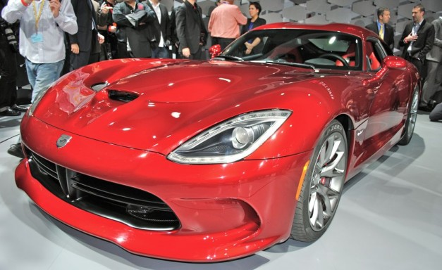 2012 New York: 2013 SRT Viper unveiled, there's no replacement for displacement