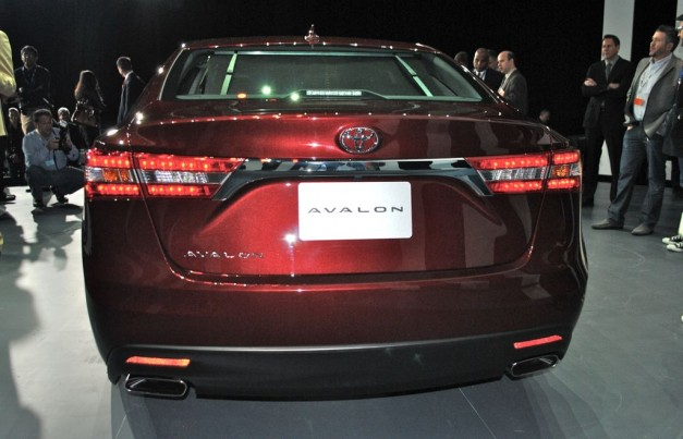 2012 New York: 2013 Toyota Avalon