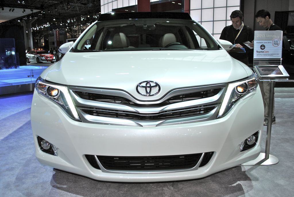 Тойота венза фото 2013
