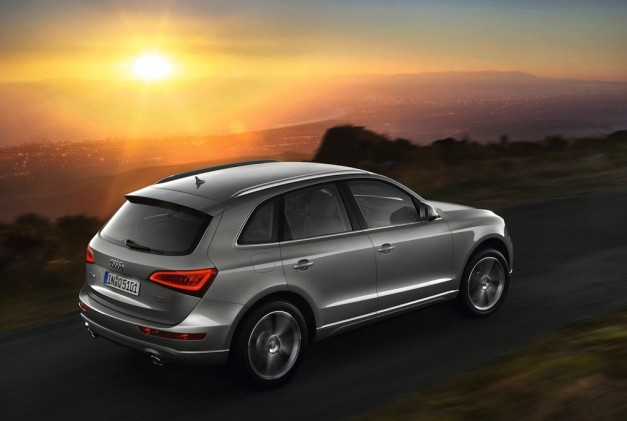2013 Audi Q5 Rear 7/8 Right