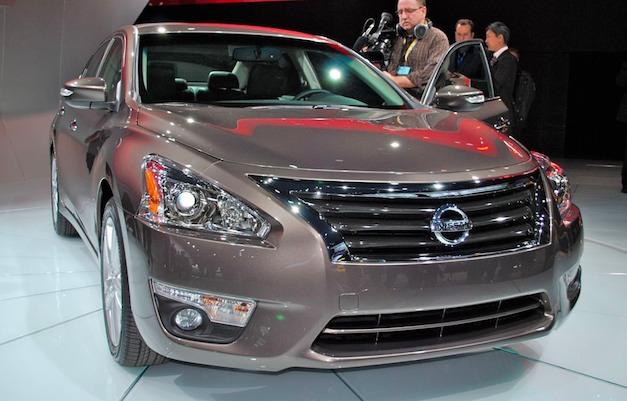 2012 New York: 2013 Nissan Altima Front