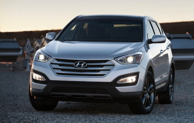 Report: Hyundai plans to sell 385,000 2013 Santa Fe units a year