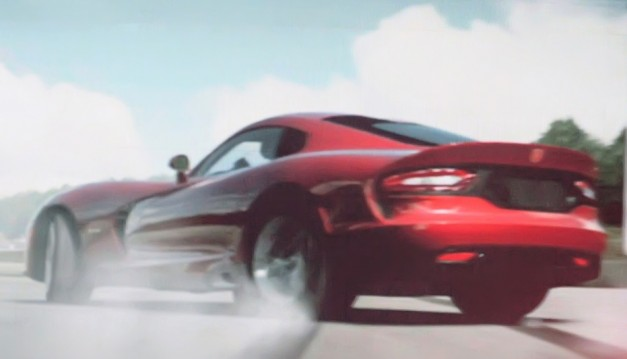 2013 SRT Viper leaks out early with some blurry images