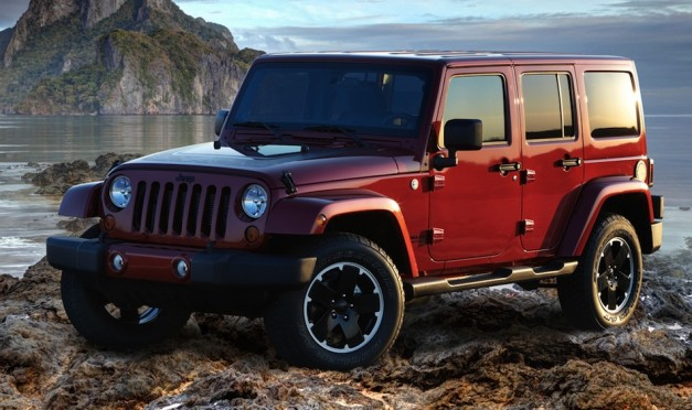 2012 Jeep Wrangler Unlimited Altitude unveiled in all its glory
