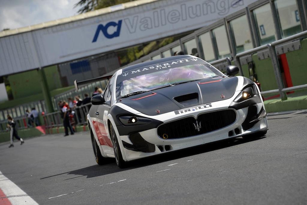 2012 Maserati GranTurismo MC MC Trofeo Front Pit Angled