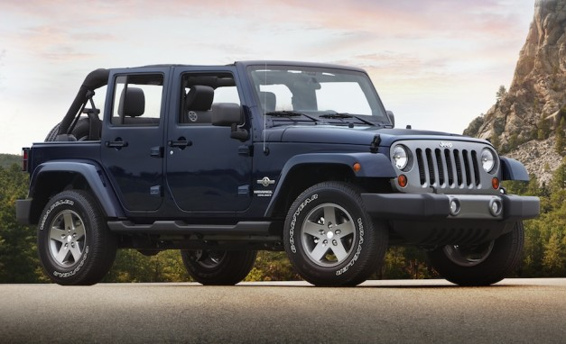 2012 Jeep Wrangler Unlimited Freedom Edition Side View
