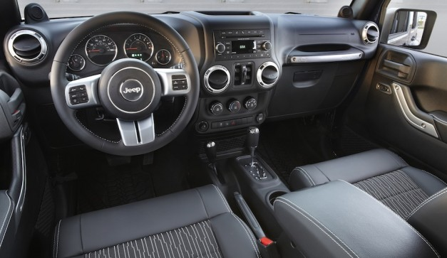 2012 Jeep Wrangler Unlimited Freedom Edition Interior
